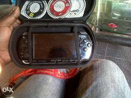 Psp+3 games+ memory card with 10 games