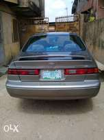 Clean Toyota Camry LE 1999