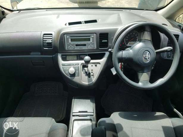 Toyota wish extremely clean,buy and drive Embakasi - image 6