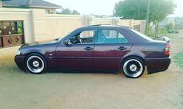 These car is in good condition an is manual .and i sell it without mag