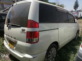 Toyota Noah salvage car for sale.