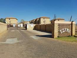 Wow what a bargain 2 bed flat for sale only R336000.00