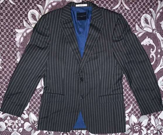 "An Original Blazer ""TOMMY HILFIGER"" US Brand/Made in BULGARIA/ AUS IM"
