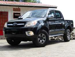 Toyota Hilux D4D Black in Color