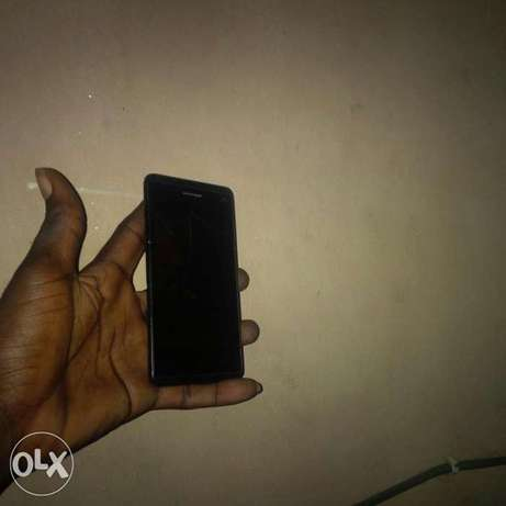 Very clean working perfect Itel it6910 Abule Egba - image 3