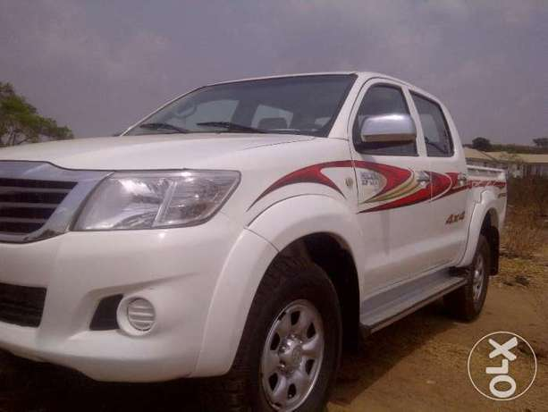 VERY SHARP 2012 Toyota Hilux (High Jack) up for Grabs! Abuja - image 1