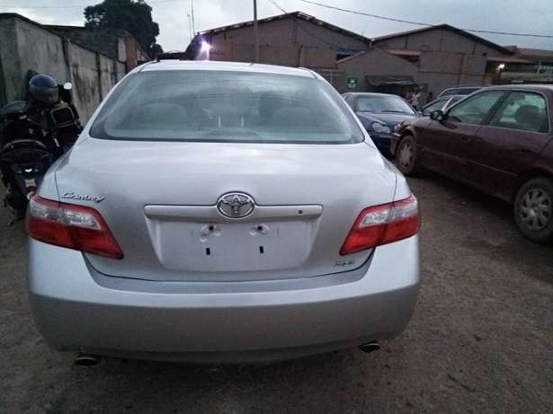 Very clean toyota camry Ojodu - image 5
