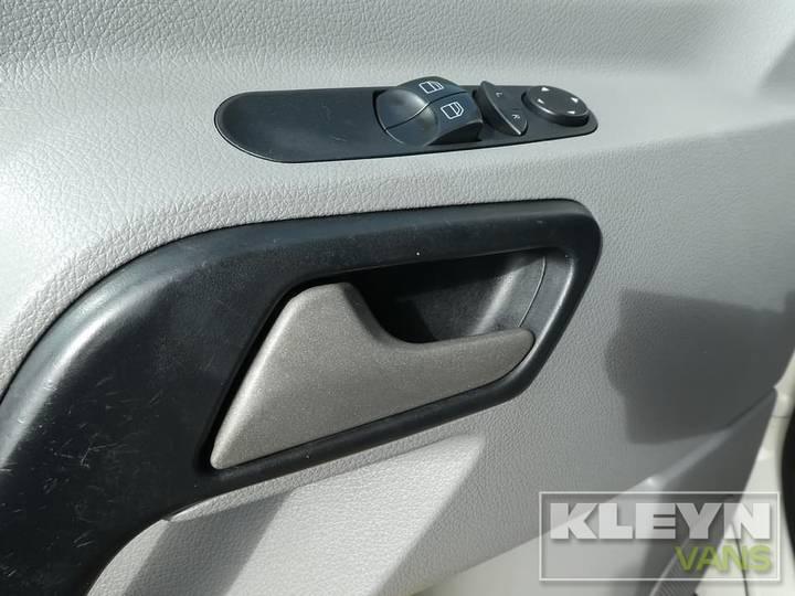 Volkswagen CRAFTER - 2008 - image 9
