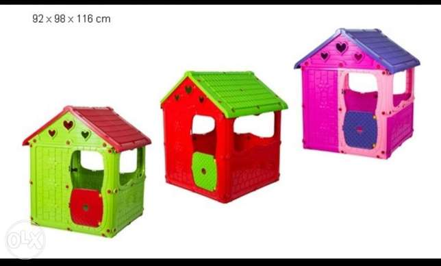 Toy house for kids