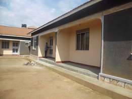 2bedroomed house for rent found in bweyogerere at 500k