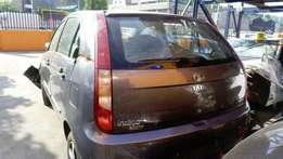 Tata Indica Vista 1.4 Tailgate & lights
