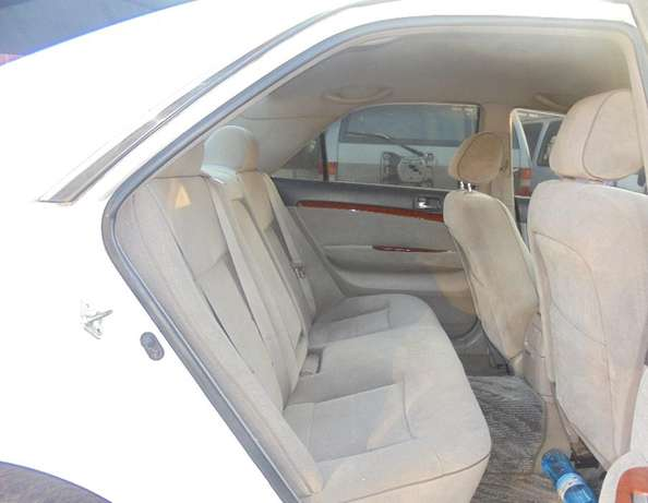 toyota mark 2 clean with extreem neat interior accident free ride Karen - image 6