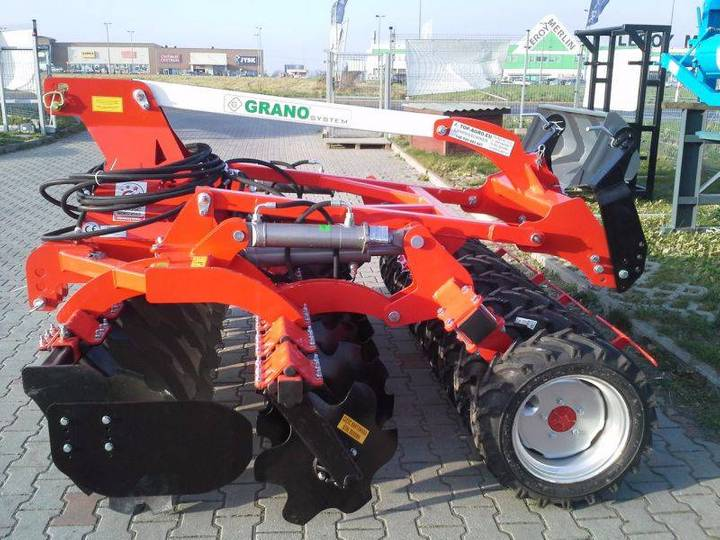 Top-Agro Grano Disc Harrow + Lift + Tires Roller 2,5m - 2019