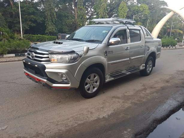 Toyota Hilux Double Vigo 4WD 3000Cc Diesel Turbo Engine 2010 Automatic Mlolongo - image 5