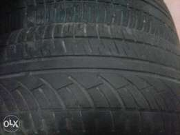 The tyre is 195/65/15