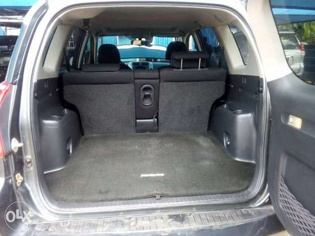 Toyota RAV4 special edition in mint condition Central Business District - image 6