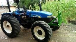 Tractor newholland tt75
