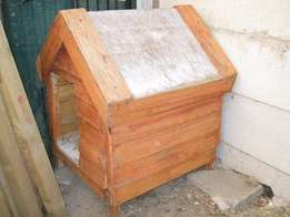 Dog Kennel. Medium size. Never been used. Like New