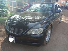 Very Clean 2005 fully loaded Mark X