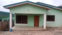 3bedroom house for rent at Ashongman Hill