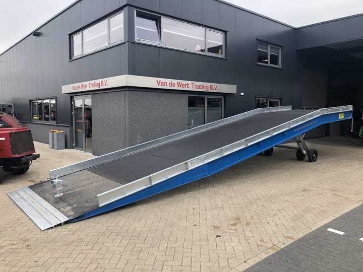 laadramp heftruck laadbrug 10 tons electrisch verstelba...