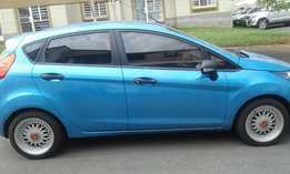 Ford fiesta 1.4 blue in color 2010 model htashback 85000km R89000