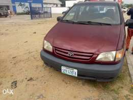 Clean Toyota Sienna for sale