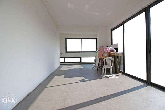 118 SQM Office for Sale in Hamra, OF12349