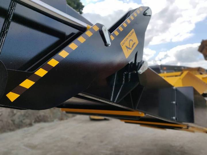 Roco T80 Tracked Stacker - 2019 - image 9
