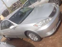 2005 toyota camry (silver)