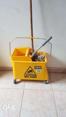 Cleaning Trolley Wringer Combo الرياض -  2