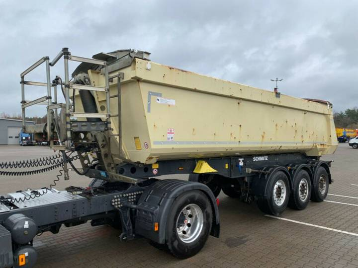 Schmitz Cargobull 25m3 5700kg Stahlrundmulde Liftachse - 2013