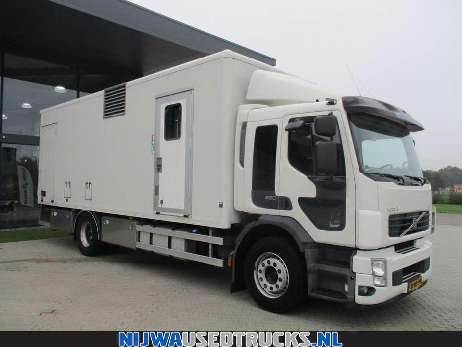 Volvo FE S 280 Mobiele werkplaats + 85 Kva aggregaat - 2006 - image 4