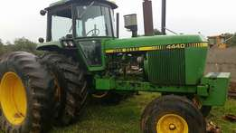 John Deere 4440 - Good Strong Tractor Price Reduced for Urgent sell!!!