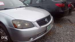 Lovely 4plugs Nissan altima 2005 for sale