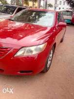 Neatly used Camry 2009