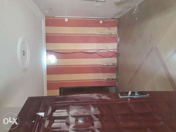 A very spacious room self contain to Let in wuse zone 6 Wuse - image 2