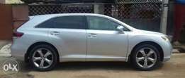Extremely clean Toyota venza 2013 tokunbo