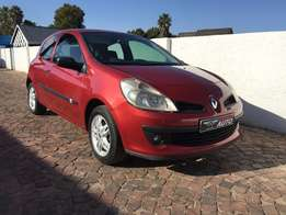 2007 Renault clio 1.6i,very low kilos only 54000 kms