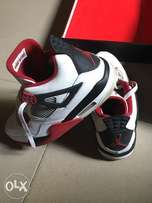 Air Jordan 4 Retro size 10