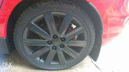 R1500 for set of 18inch mags with two tires