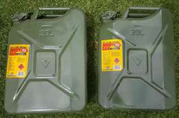 GREEN 20L Metal Jerry Can