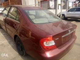 Toyota Camry LE 2004model