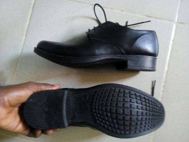 A Pair of Shoe (Brogues) Uyo - image 2