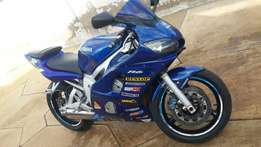 Yamaha R6 For Sale its a Non Runner It needs Attention On Engine Only