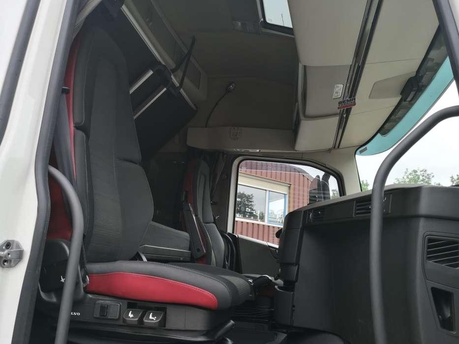 Volvo FH460 4x2 Globetrotter Euro6 - VEB+ - 2 tanks - Fridge - ... - 2014 - image 6