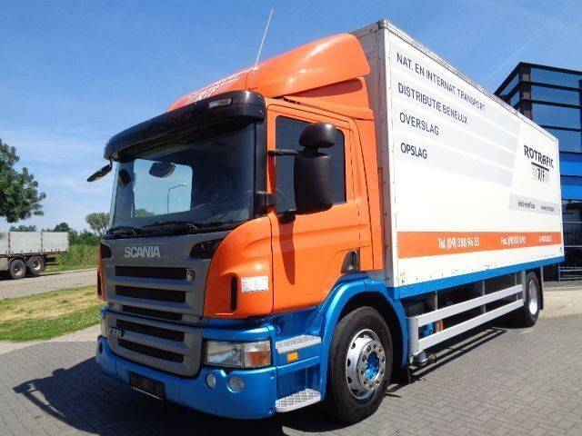 Scania P230 Boxtruck / Manual / 652.000 KM / Loading PLatform - 2008