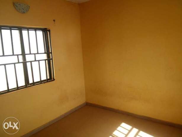One-bedroom apartment at Suncity N450k Abuja - image 5