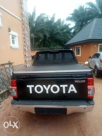Clean Registered Toyota Hilux 2014 Automatic Port-Harcourt - image 2