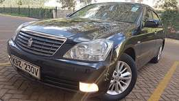 Toyota Crown (2007) royal saloon,